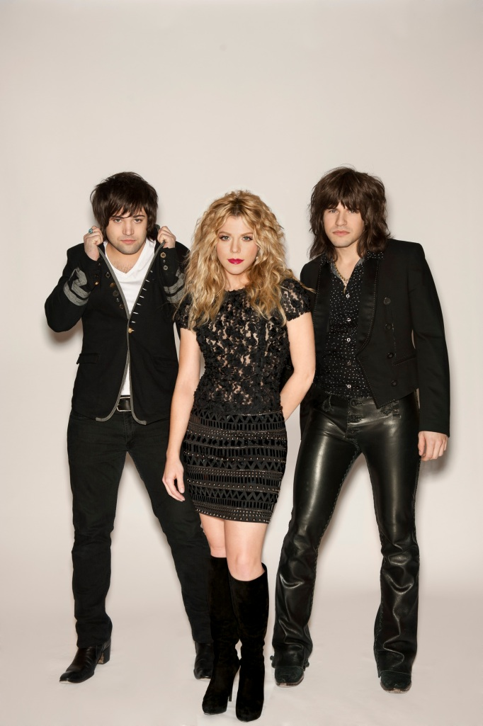 The Band Perry performed at the Vina Robles Amphitheatre in Paso Robles, Calif.  Image courtesy of Splash Publicity.